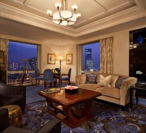 The Peninsula Shanghai (13 of 44)