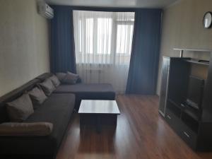 Apartment on Salmyshskaya 72