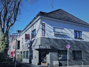 Art Hotel Köln - Kleineichen