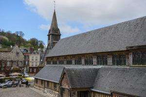 Chambres Houdaille, Affittacamere  Honfleur - big - 49