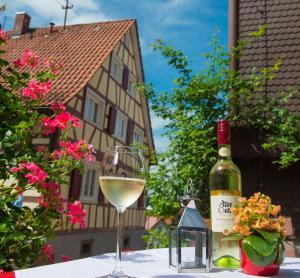 Hostels und Jugendherbergen - Hotel Restaurant Sonne