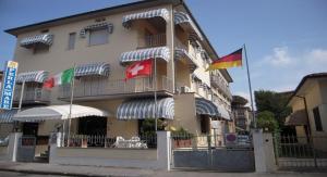 Hotel Perla Del Mare - AbcAlberghi.com