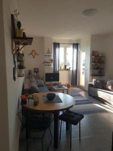 Nina`s apartment Touri´ristik v
