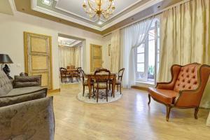 Luxury Pilies Avenue Apartment