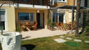 Garden View Apartments