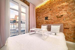 HM Apartments Premium nr123 Heart of Poznań Free Netflix