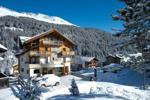 Santa Caterina Hotels