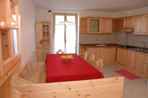 Agritur Al Paradis - Appartmenti - AbcAlberghi.com