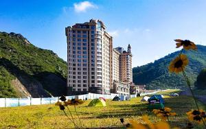 . Zhangjiakou Wanlong Ski Resort International Apartment