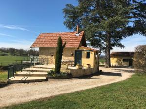 Accommodation in Saint-Nizier-sous-Charlieu