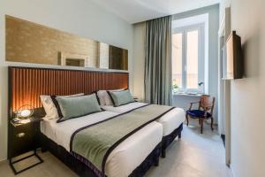 Adrianus Hotel