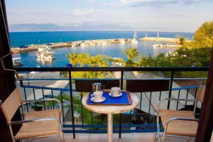 Hostales Baratos - Akroyali Hotel & Villas
