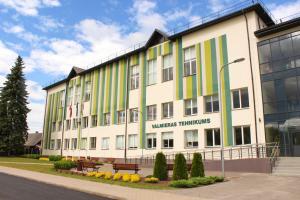 Valmieras tehnikuma dienesta viesnīca - Rencēni