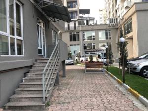 Комплекс апартаментов На Пиросмани 18, Батуми