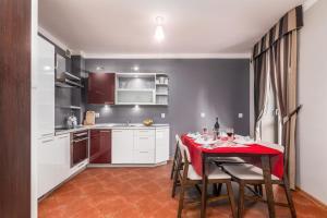 Little Home Nowosielecka 14a