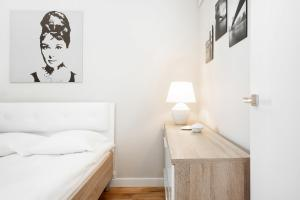 Apartments Warsaw Grzybowska by Renters
