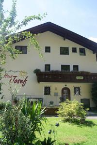 Haus Josef - Accommodation - Mayrhofen