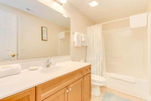 Coconut Grove 202 2nd Row Condo, Apartmány  Myrtle Beach - big - 27