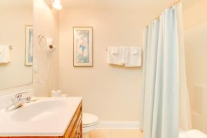 Coconut Grove 202 2nd Row Condo, Apartmány  Myrtle Beach - big - 22