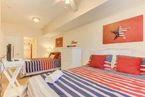 Coconut Grove 202 2nd Row Condo, Apartmány  Myrtle Beach - big - 11