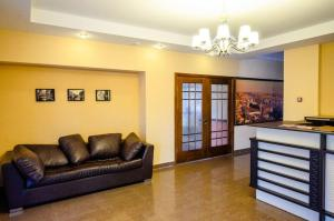 Hotel Zumrat, Hotel  Karagandy - big - 67