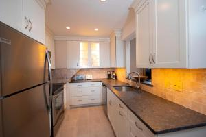 . 2 Br With High Ceilings In Kettle Brook- Okemo Condo