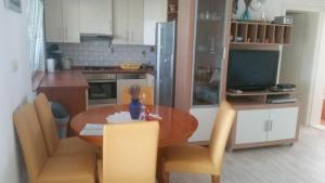 Apartments with a parking space Vir - 17254, Гостевые дома  Вир - big - 7