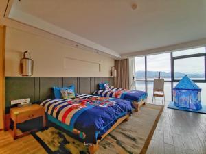 HUANGSHAN LAKE FLIPORT RESORT, Hotely  Tunxi - big - 65