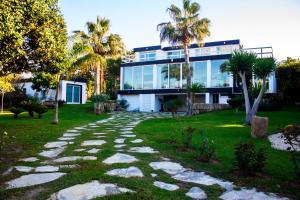 Villa Deluxe