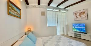 Summer Apartment 2