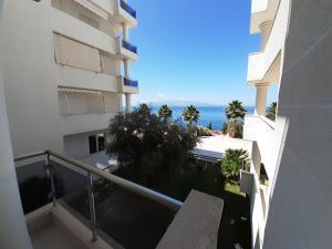 White Coast Apartment