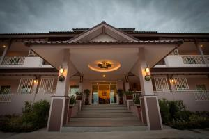 Chiangkham Grand Villa - Ban Seng Choi