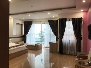 Ngoc Huyen Hotel