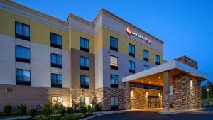 Best Western Plus Erie Inn & Suites - Hotel - Erie