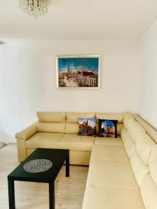 Apartament White Room