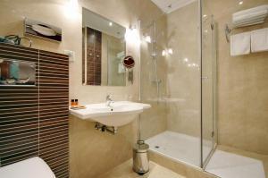 Elizabeth Hotel, Hotels  Gyula - big - 108
