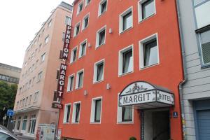 Pension Margit - Munich
