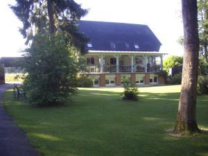 . La Grange des Marettes