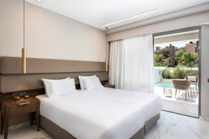 Porto Platanias Beach - Luxury Selection