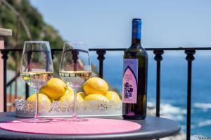 Refilea Sea View Tower Villa - AbcAlberghi.com