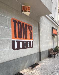 Tom's Hotel (Gay Hotel)