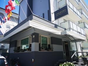 emblème de l'établissement Hotel Madera