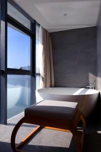 HUANGSHAN LAKE FLIPORT RESORT, Hotely  Tunxi - big - 11