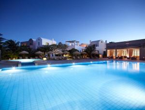 9 Muses Santorini Resort, Периволос