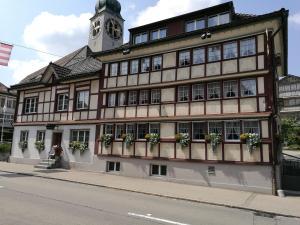 Gasthaus Sternen - Hotel - Degersheim
