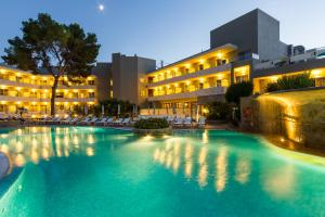 Artiem Audax - Adults Only, Hotels  Cala Galdana - big - 21