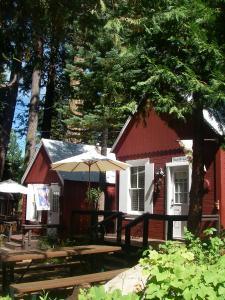 Tahoma Meadows Cottages - Hotel - Tahoma