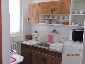 Gábor Apartman, Апартаменты  Дьюла - big - 1