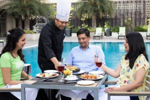 Golden Tulip Suites Gurgaon, Aparthotels  Gurgaon - big - 21