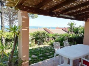 """""""Ruby Seadragon Holiday Home"""" a 80 m dal mare con giardino recintato P5584"""